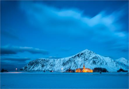 Ursula Bruder - Lofoten by night - FIAP Ribbon - Balearic Islands digital circuit 2015